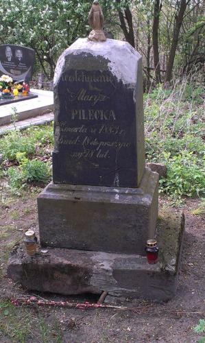 cmentarz w sukurczu 1.05.15